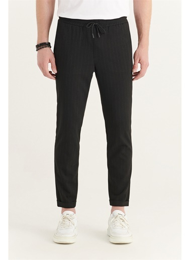 Avva Erkek Yandan Cepli Beli Lastikli Kordonlu Çizgili Relaxed Fit Pantolon E003001 Siyah